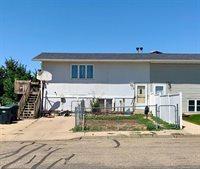 102 13th Street NW, Mandan, ND 58554