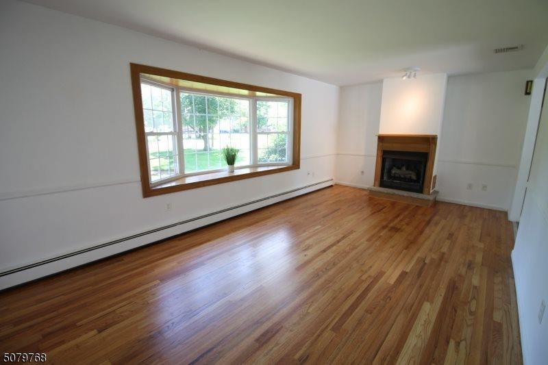 1041 Papen Rd, Bridgewater Township, NJ 08807