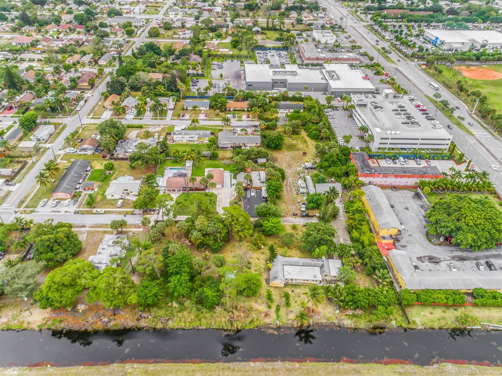 2 Fleming Avenue, Greenacres, FL 33463