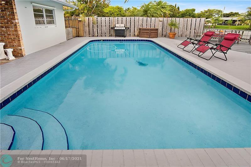 745 NW 35th St, Oakland Park, FL 33309
