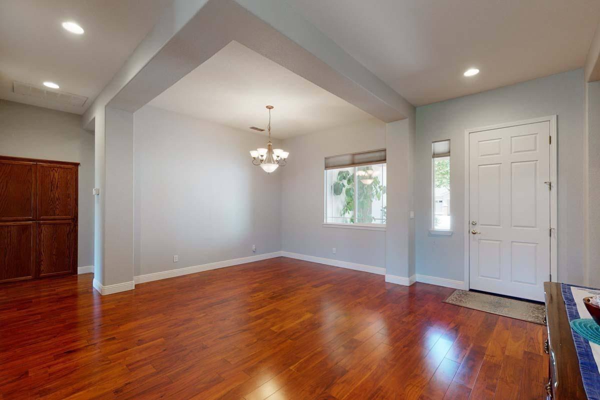 1682 Brookfield, Yuba City, CA 95993