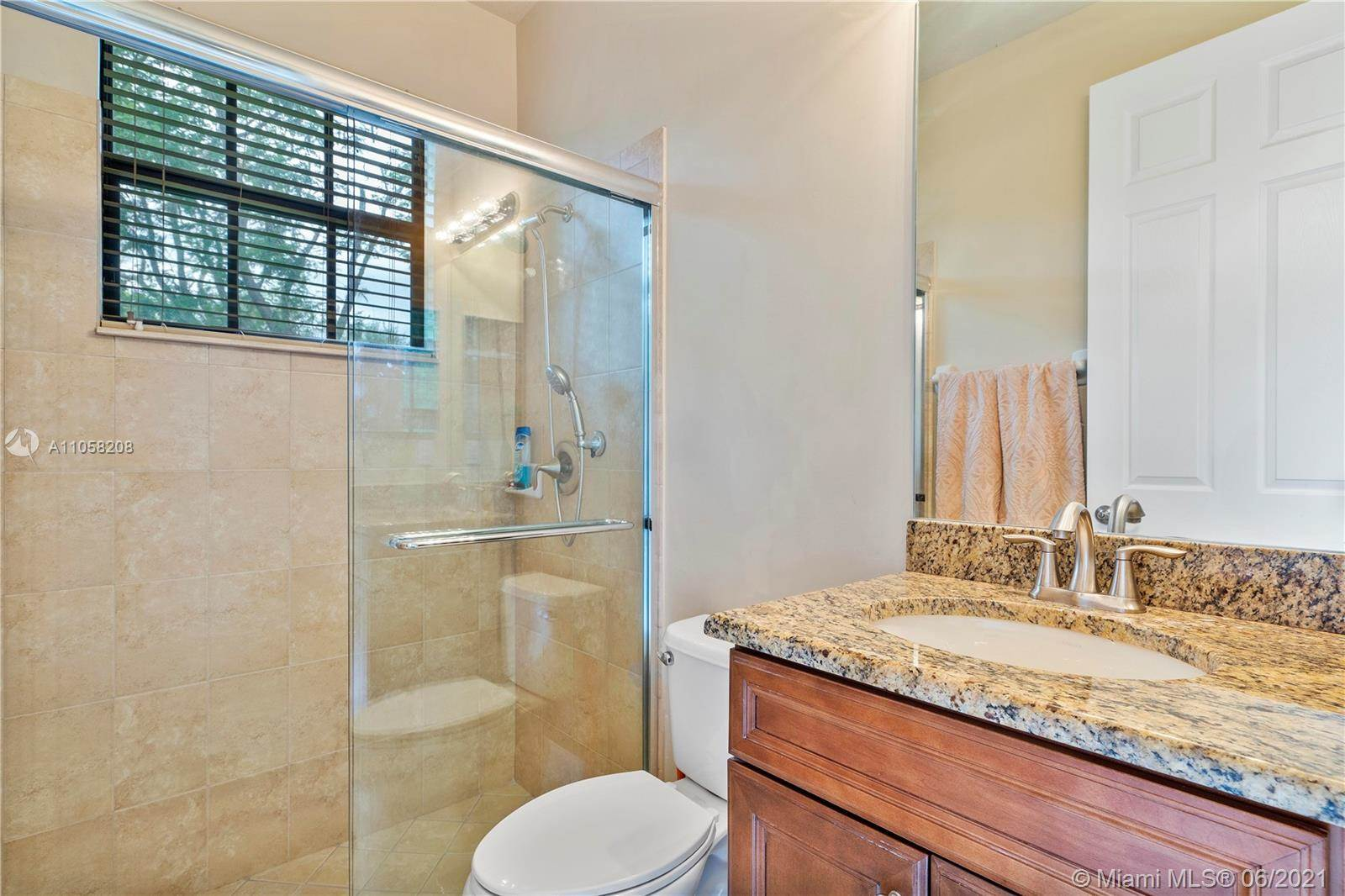 3695 NW 87th Ave, Cooper City, FL 33024