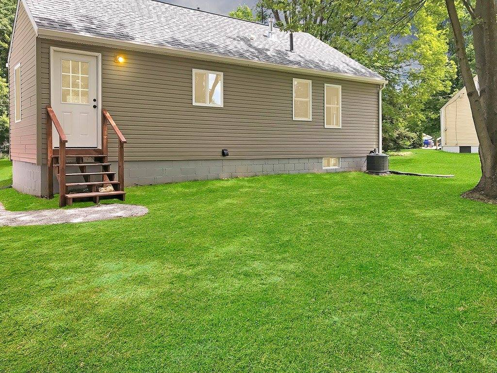 561 Indiana Ave, Mansfield, OH 44905