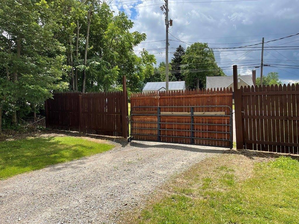 1601 Cottage St, Ashland, OH 44805