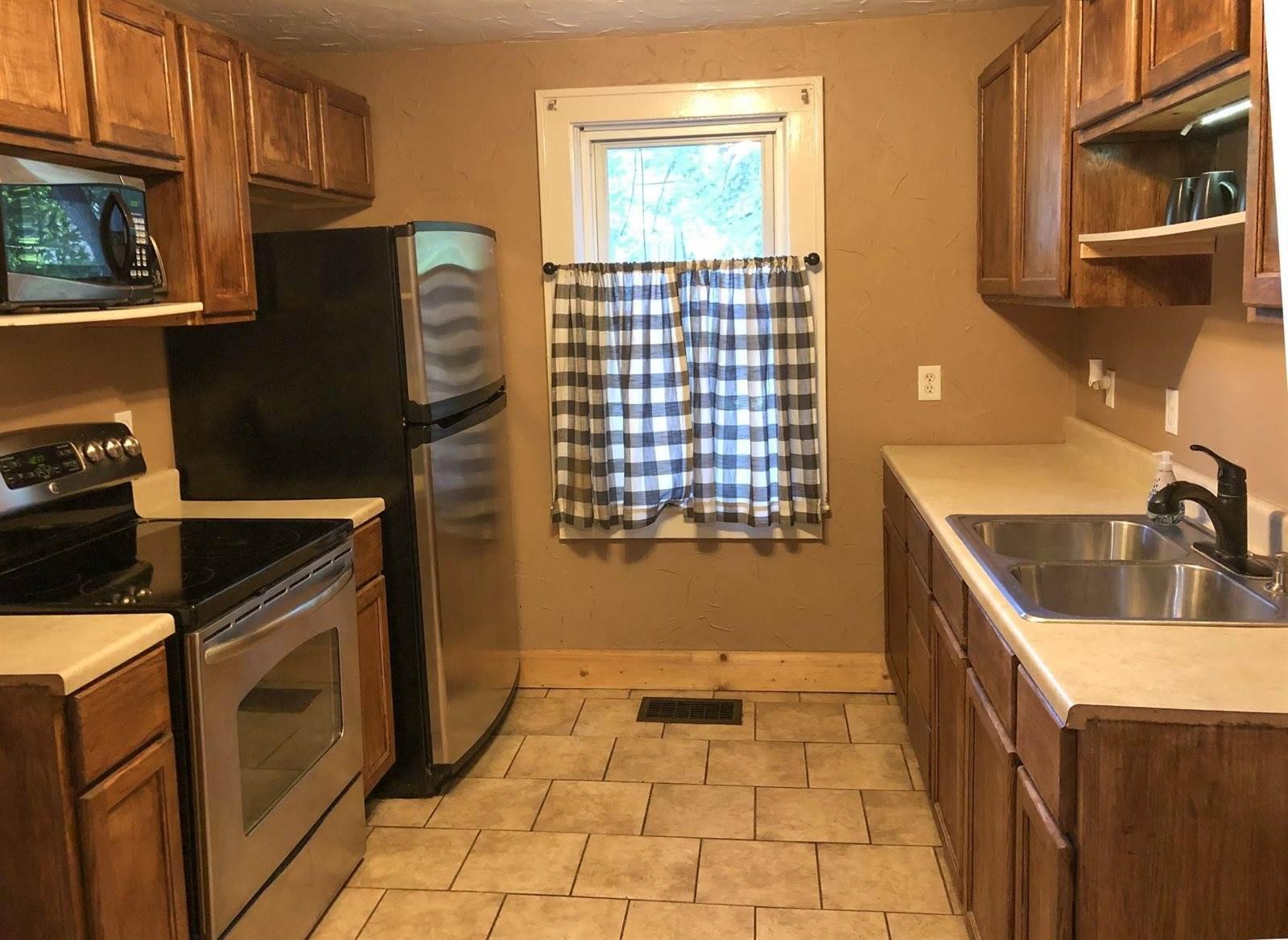 907 Fir Street, Brainerd, MN 56401