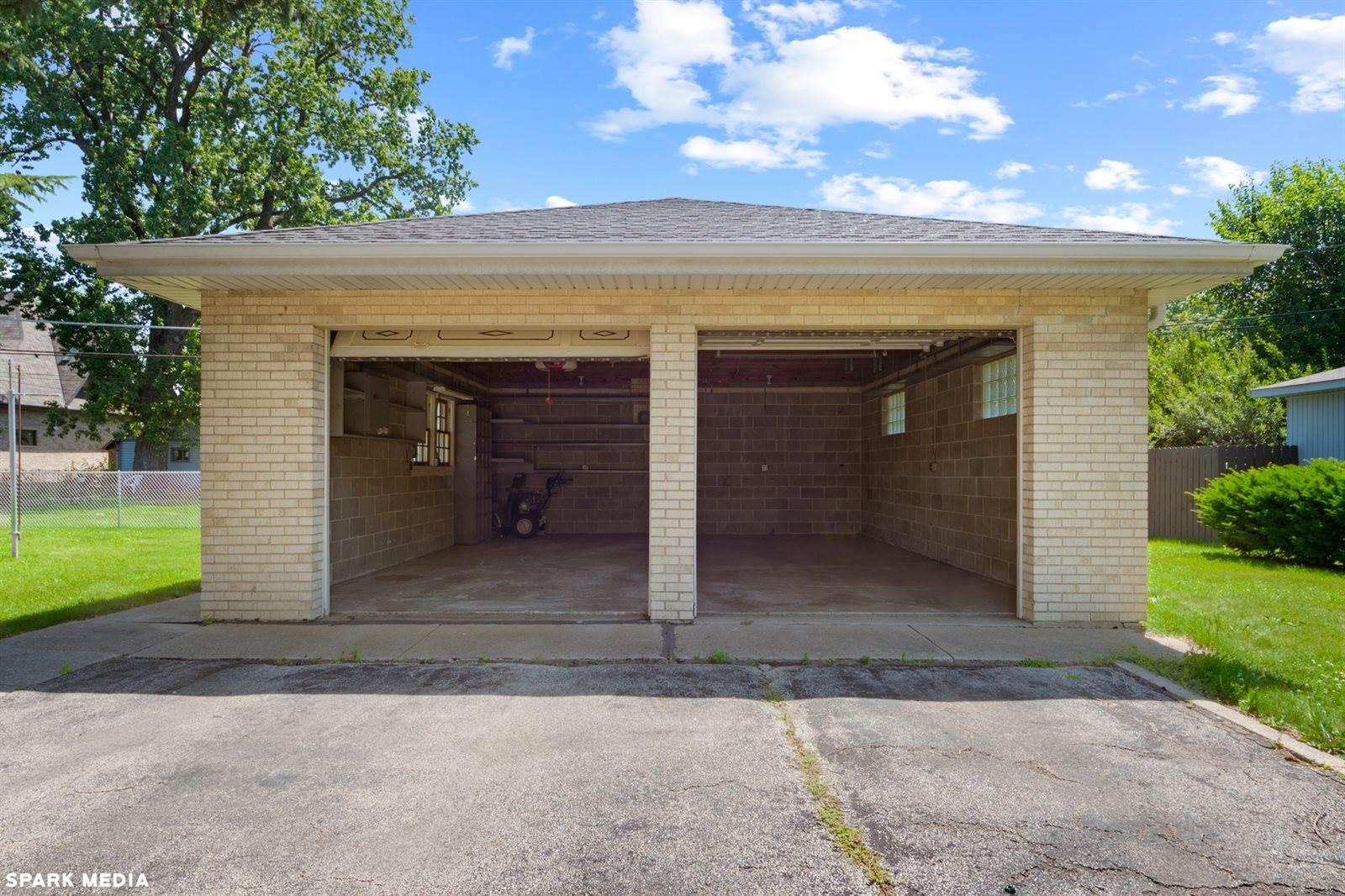 4311 Wehrman Avenue, Schiller Park, IL 60176
