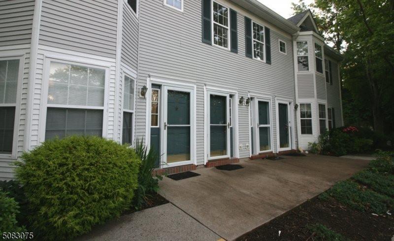 125 Marsillo Ct, Bridgewater Township, NJ 08807