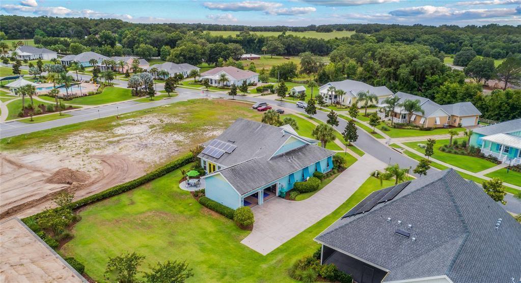 1207 Fiesta Key Circle, Lady Lake, FL 32159