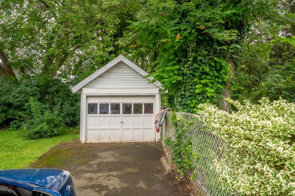 7 Concord Ave, Maplewood Township, NJ 07040