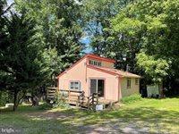 170 Grimes Golden Road, Linden, VA 22642