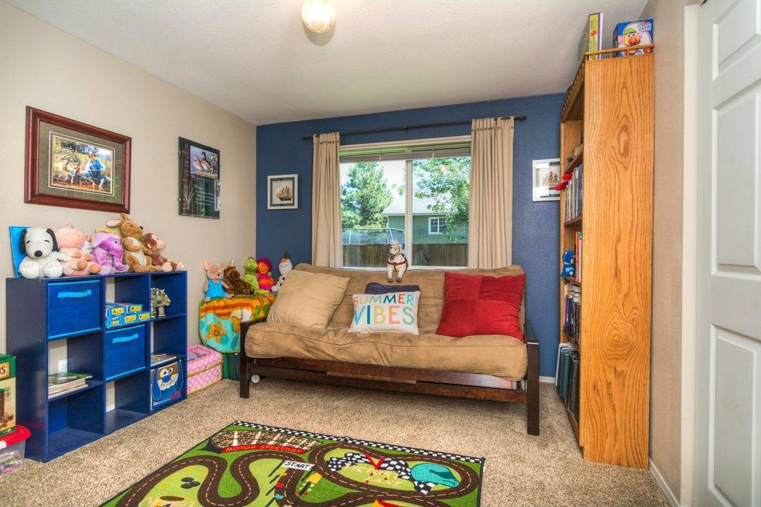 19630 Apache Road, Bend, OR 97702