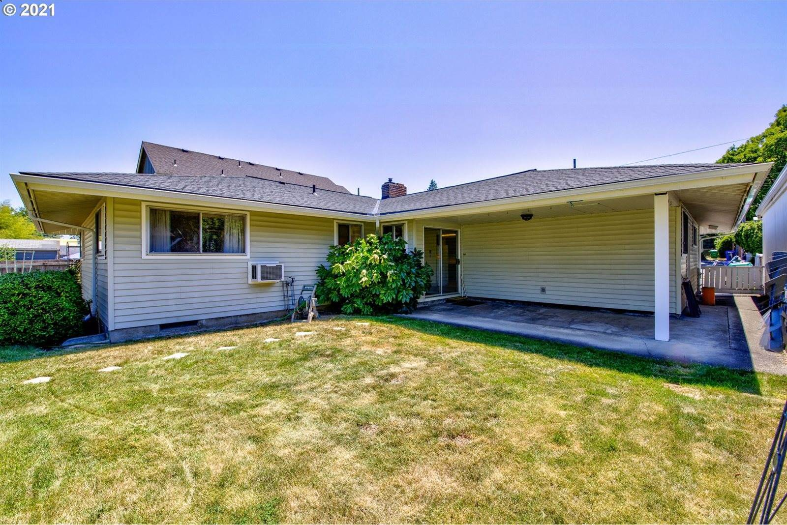 3165 North Terry St, Portland, OR 97217