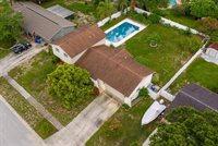 2207 Kingswood Lane, Brandon, FL 33511