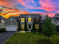 2122 Alum Crossing Drive, Lewis Center, OH 43035