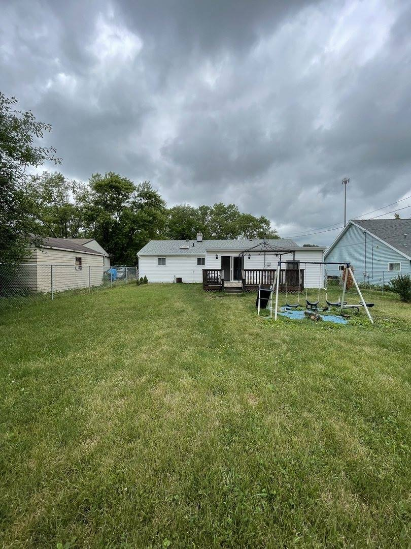 319 North Park Boulevard, Freeport, IL 61032
