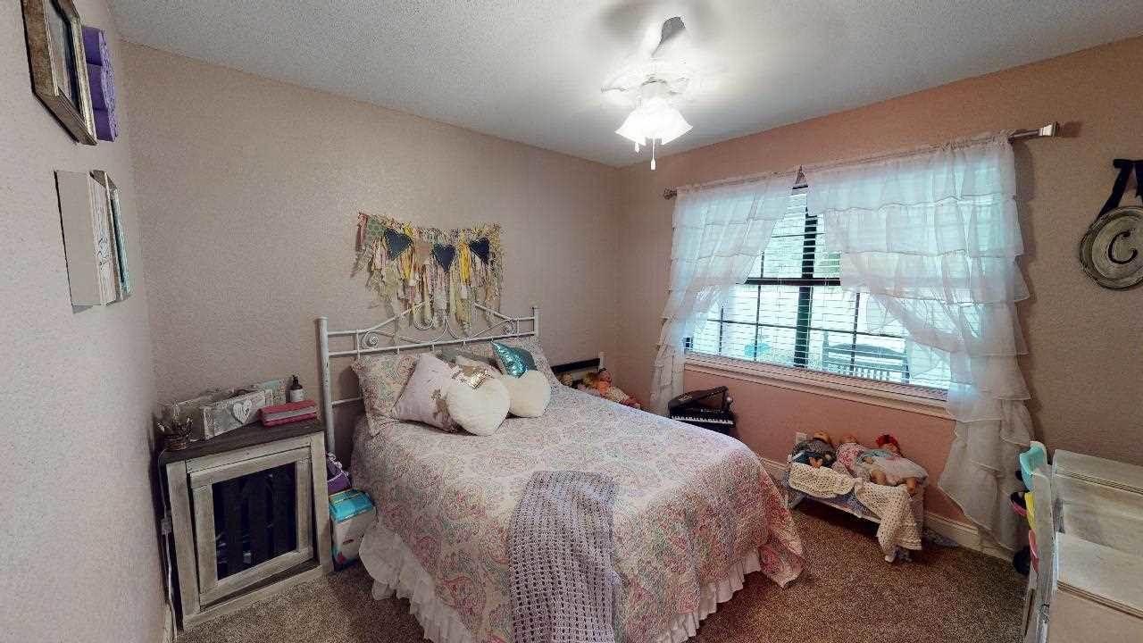 35 County Road 4685, Atlanta, TX 75551