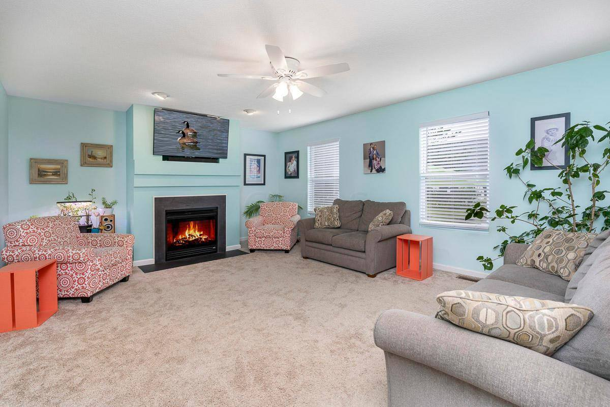 5445 Demorest Drive, Grove City, OH 43123