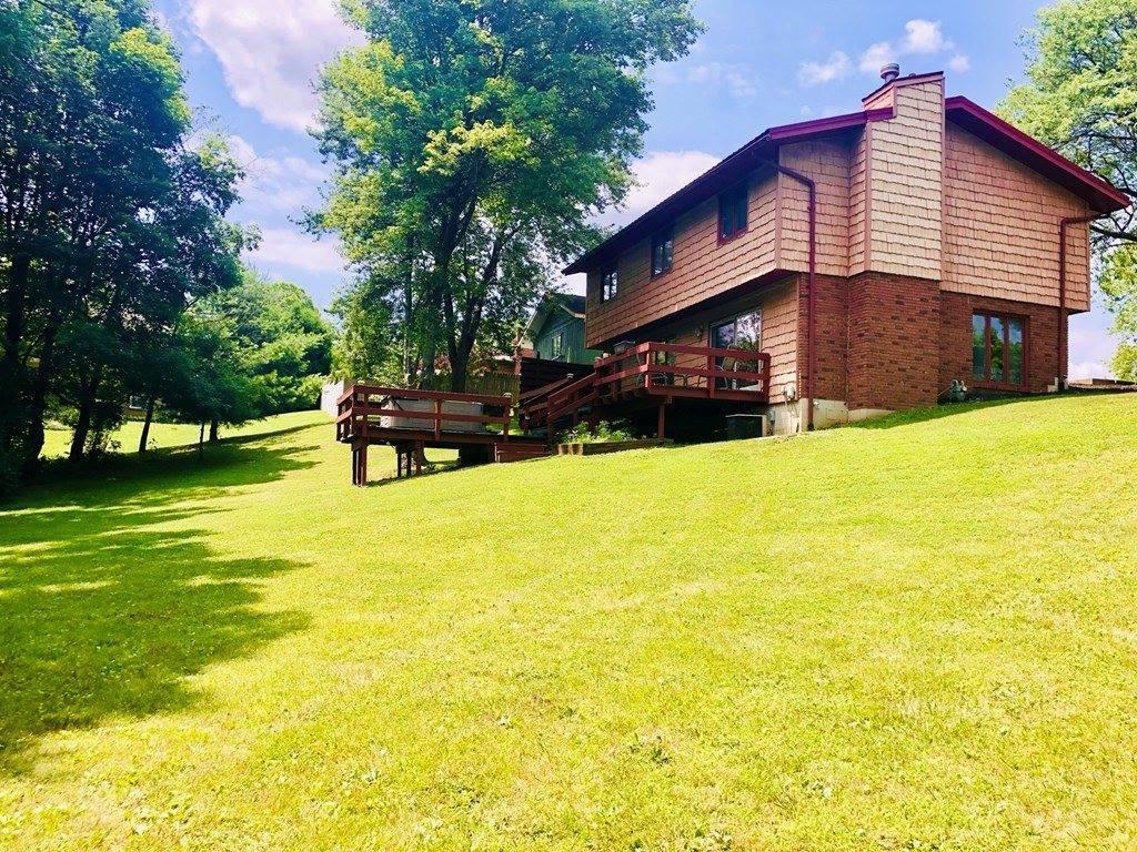 715 Cloverleaf Ct, Mansfield, OH 44904