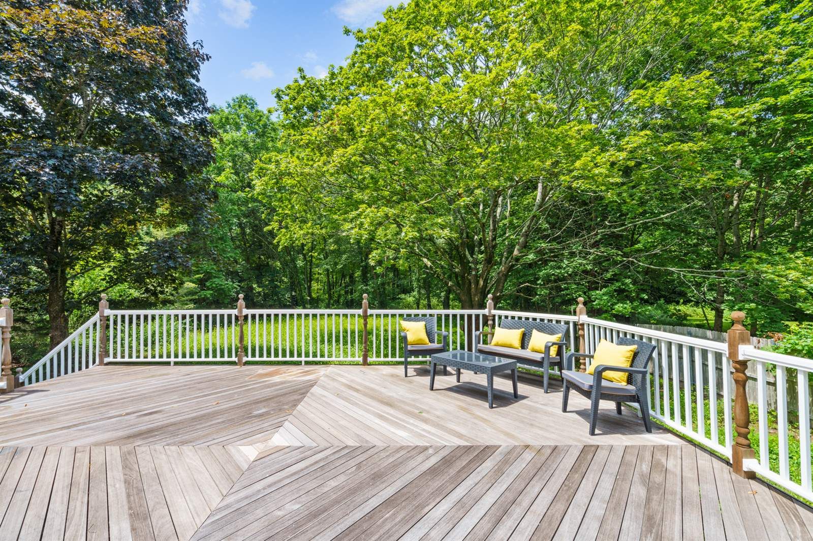 22 Agricultural Ave, Rehoboth, MA 02769