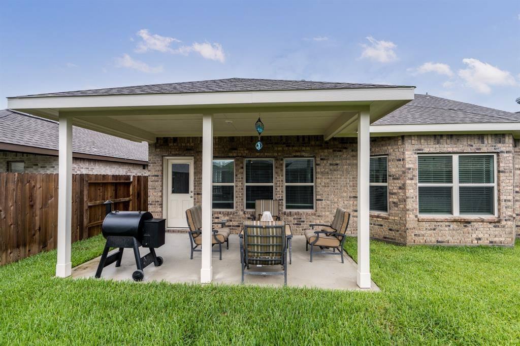 9034 Beacon Mill Drive, Cypress, TX 77433