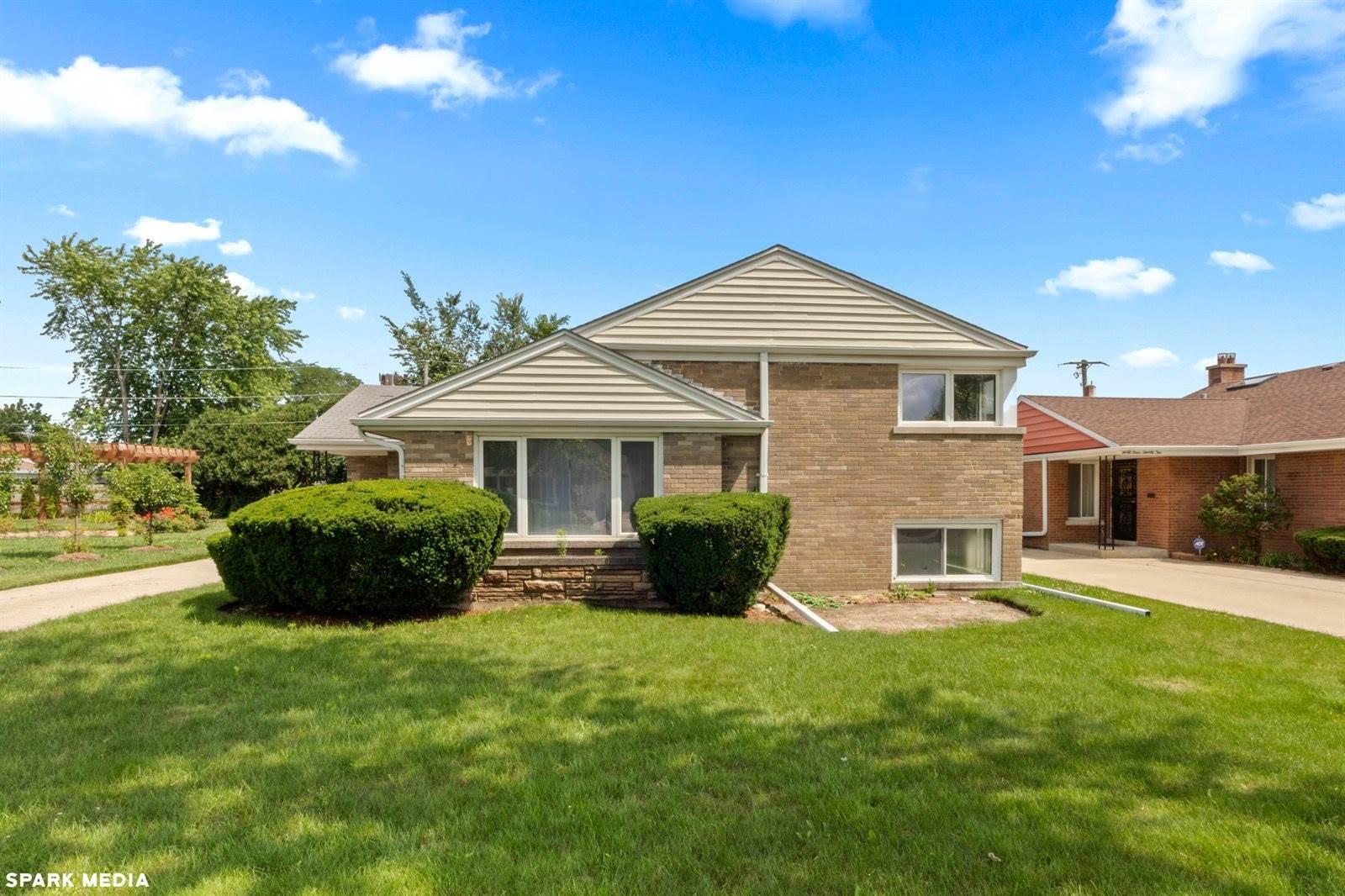 4426 West Estes Avenue, Lincolnwood, IL 60712
