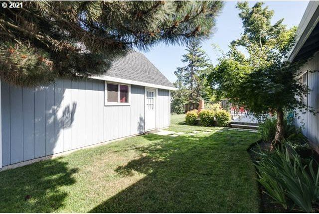 1082 South Pine St, Canby, OR 97013