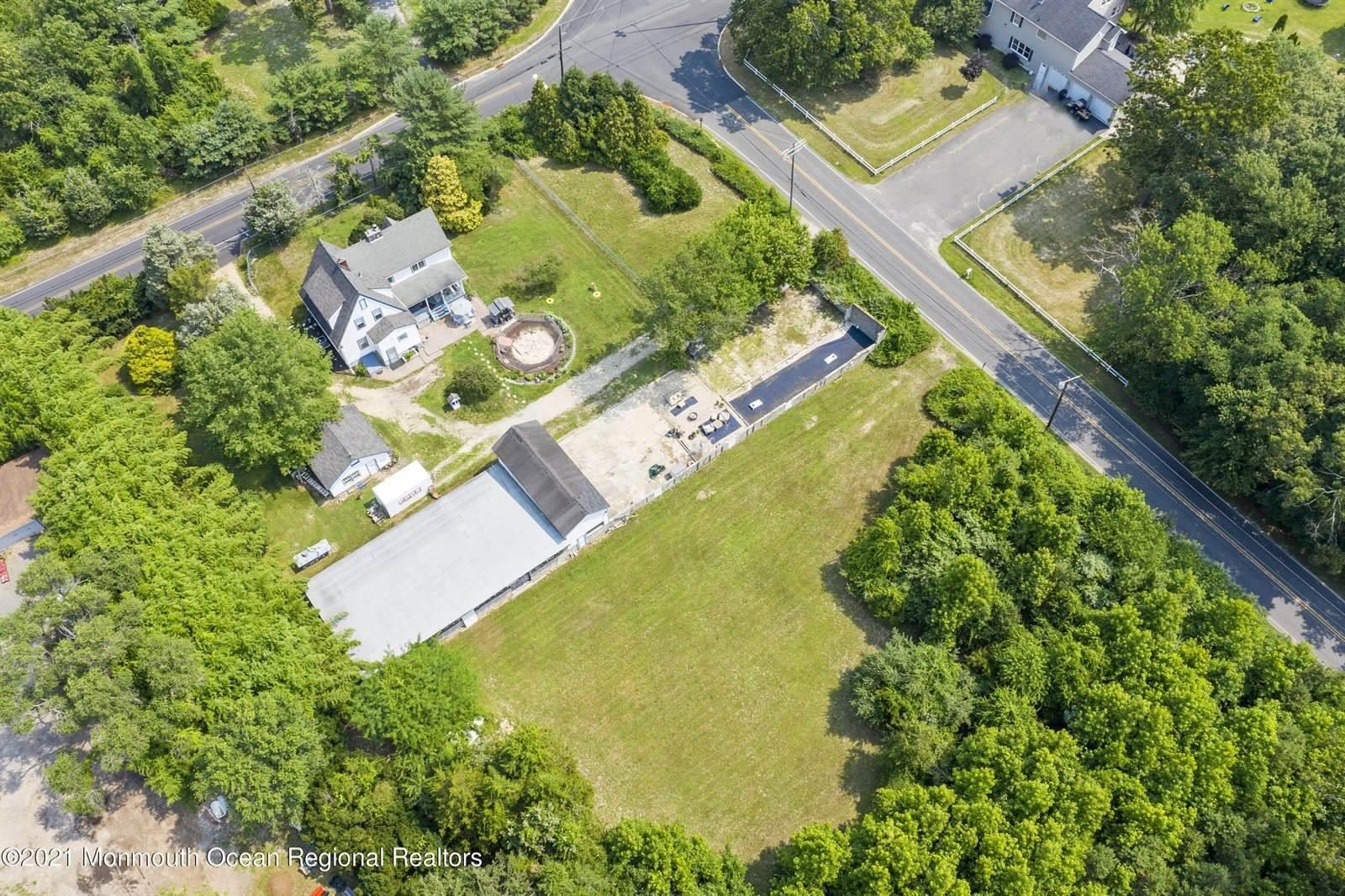 194 Lanes Mill Road, Howell, NJ 07731