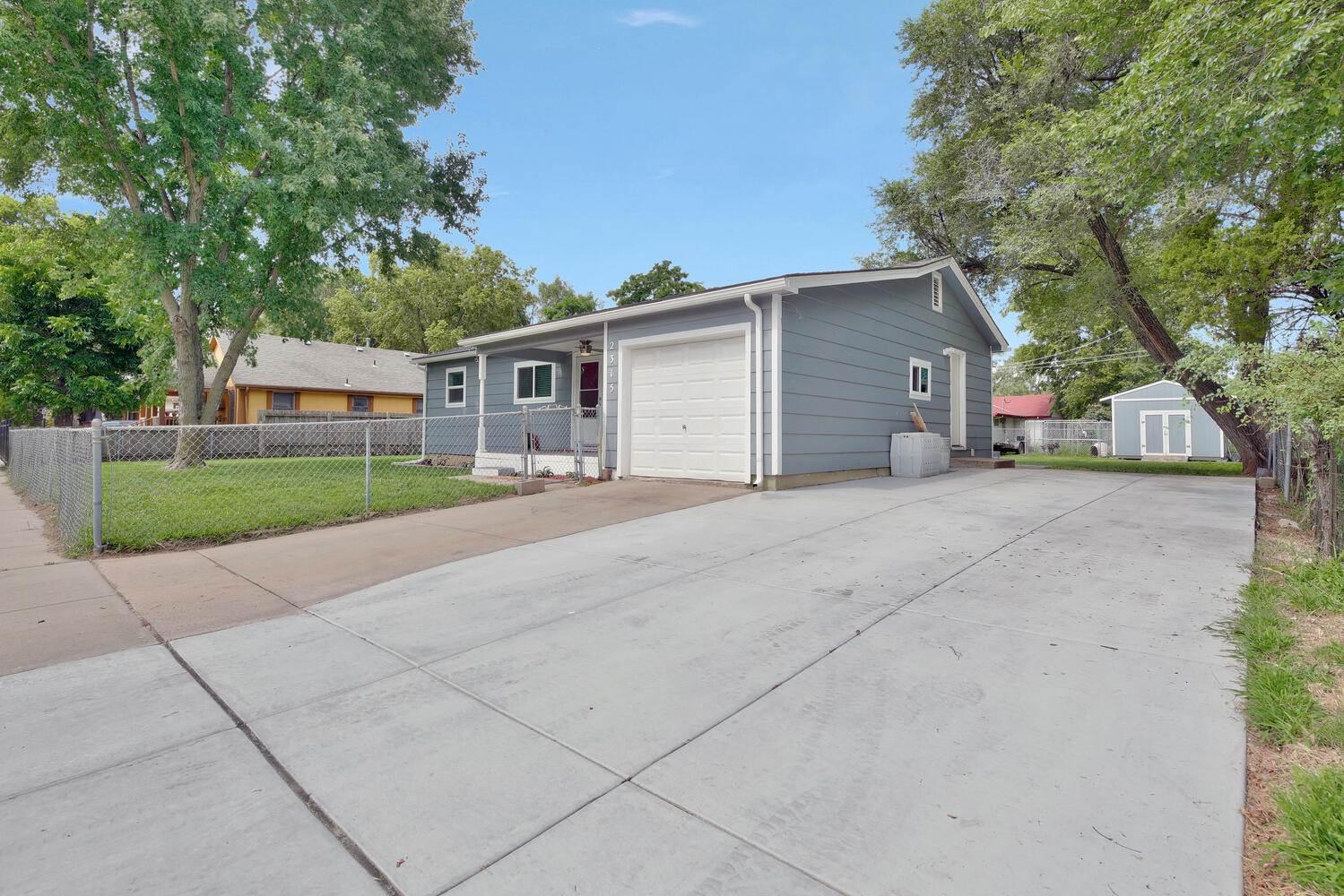 2315 N Woodland St, Wichita, KS 67204