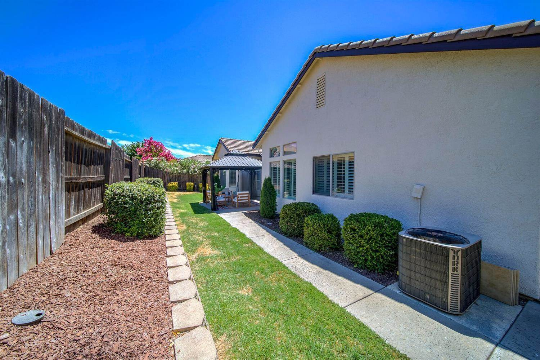 1181 Earlton Lane, Lincoln, CA 95648