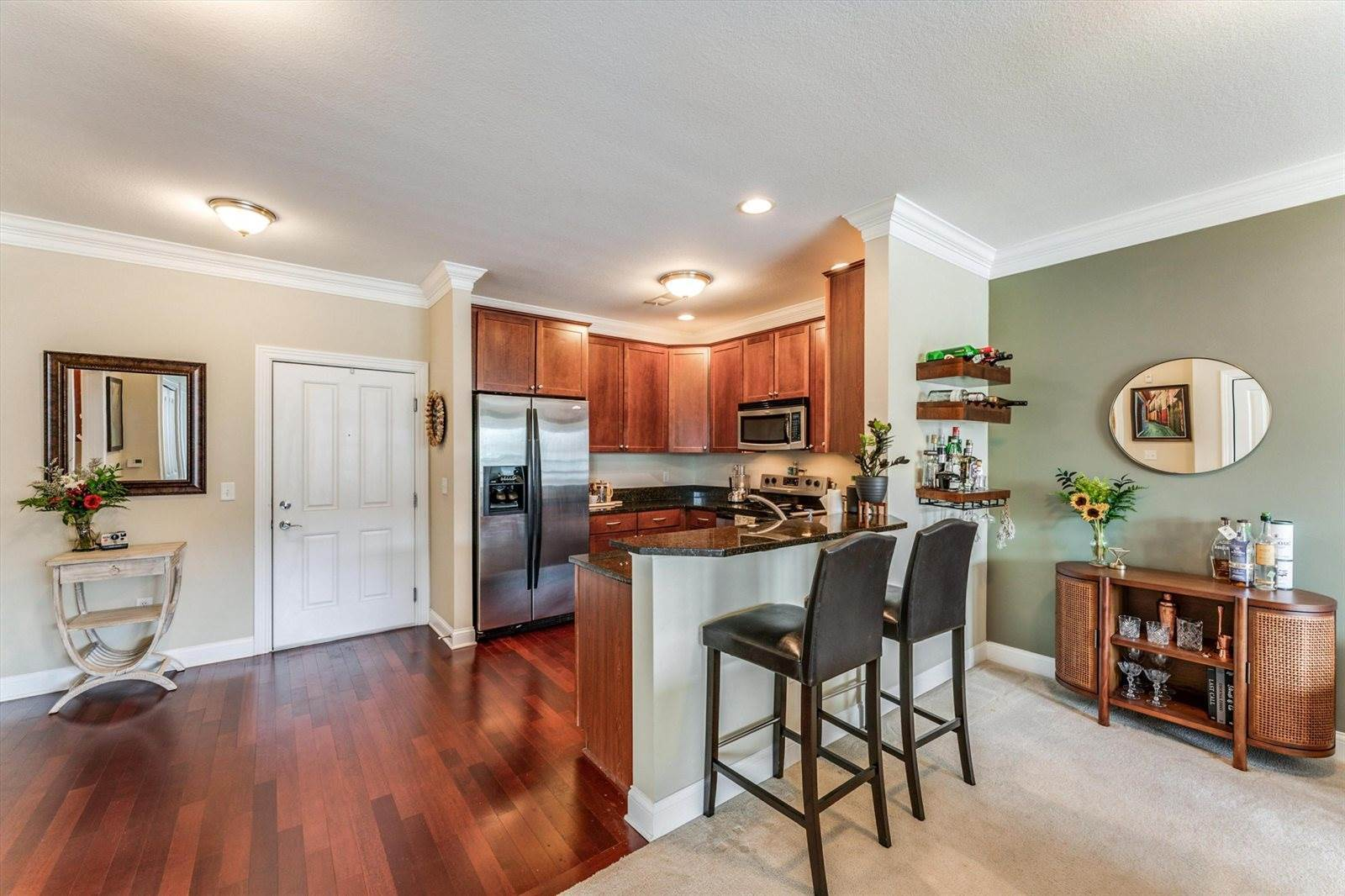 936 Perry Street, #208, Columbus, OH 43215