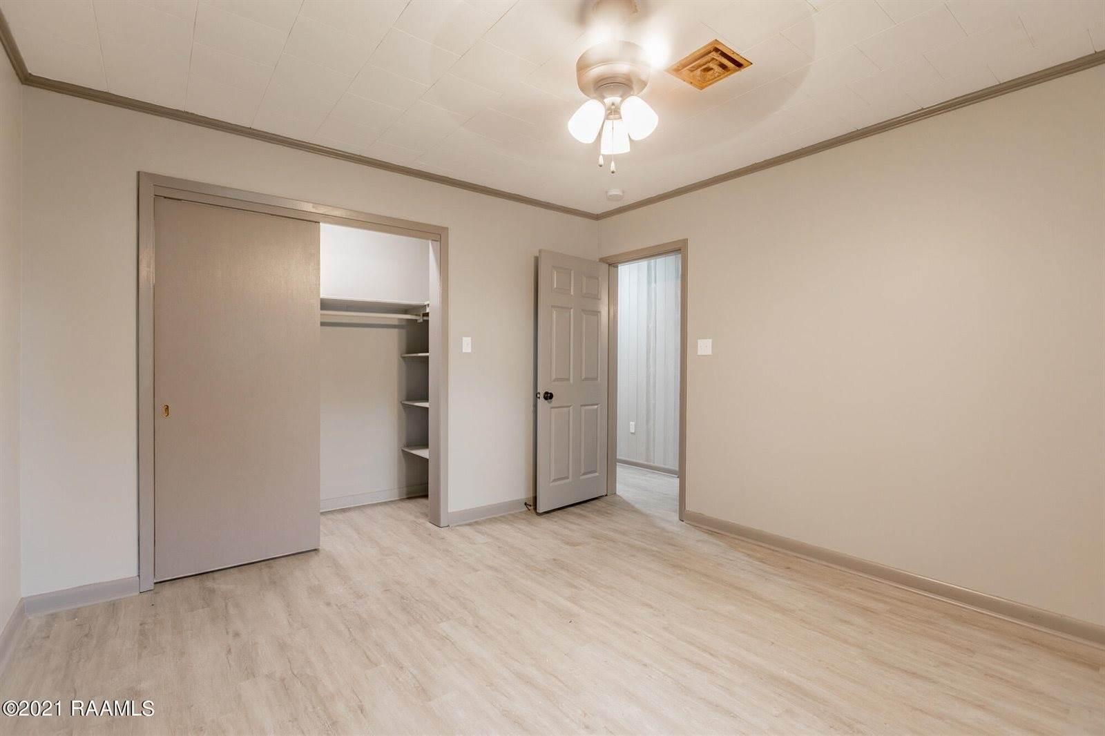 301 Clara Street, Broussard, LA 70518