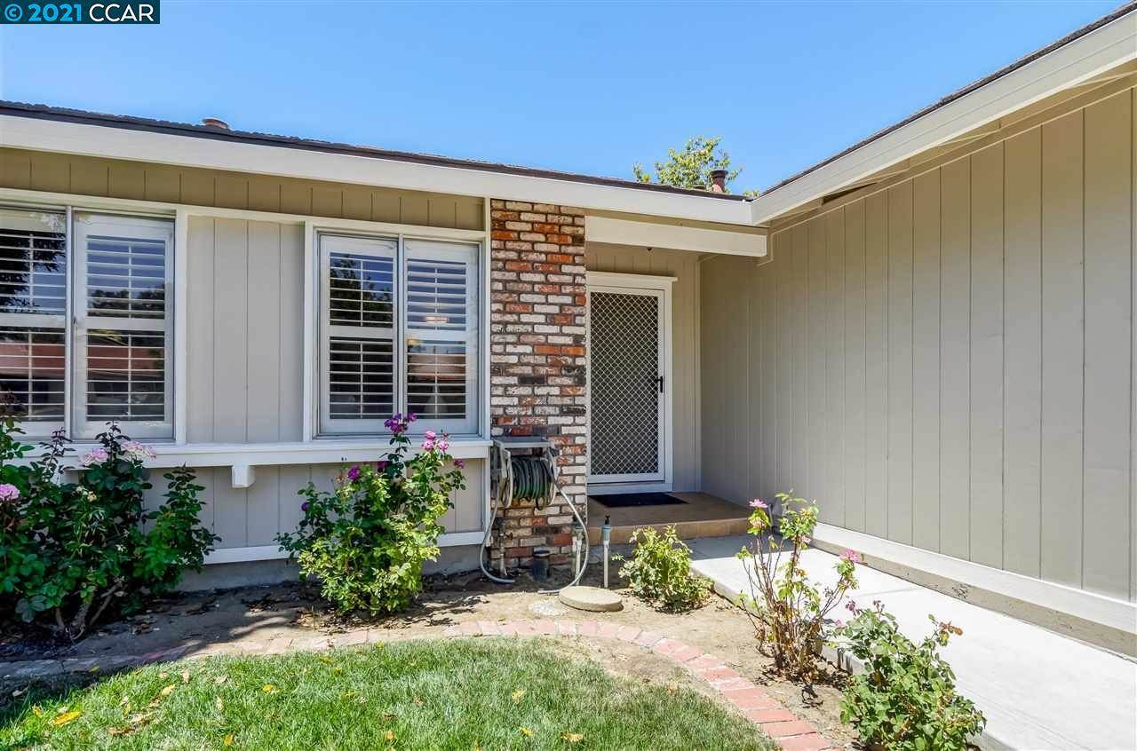 4420 Spoonwood Ct, Concord, CA 94521