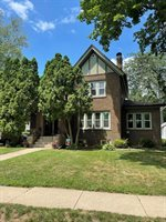 1532 West Lincoln Boulevard, Freeport, IL 61032