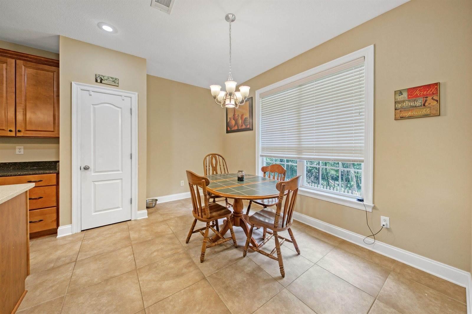4543 Pfitzer Circle, Crestview, FL 32536