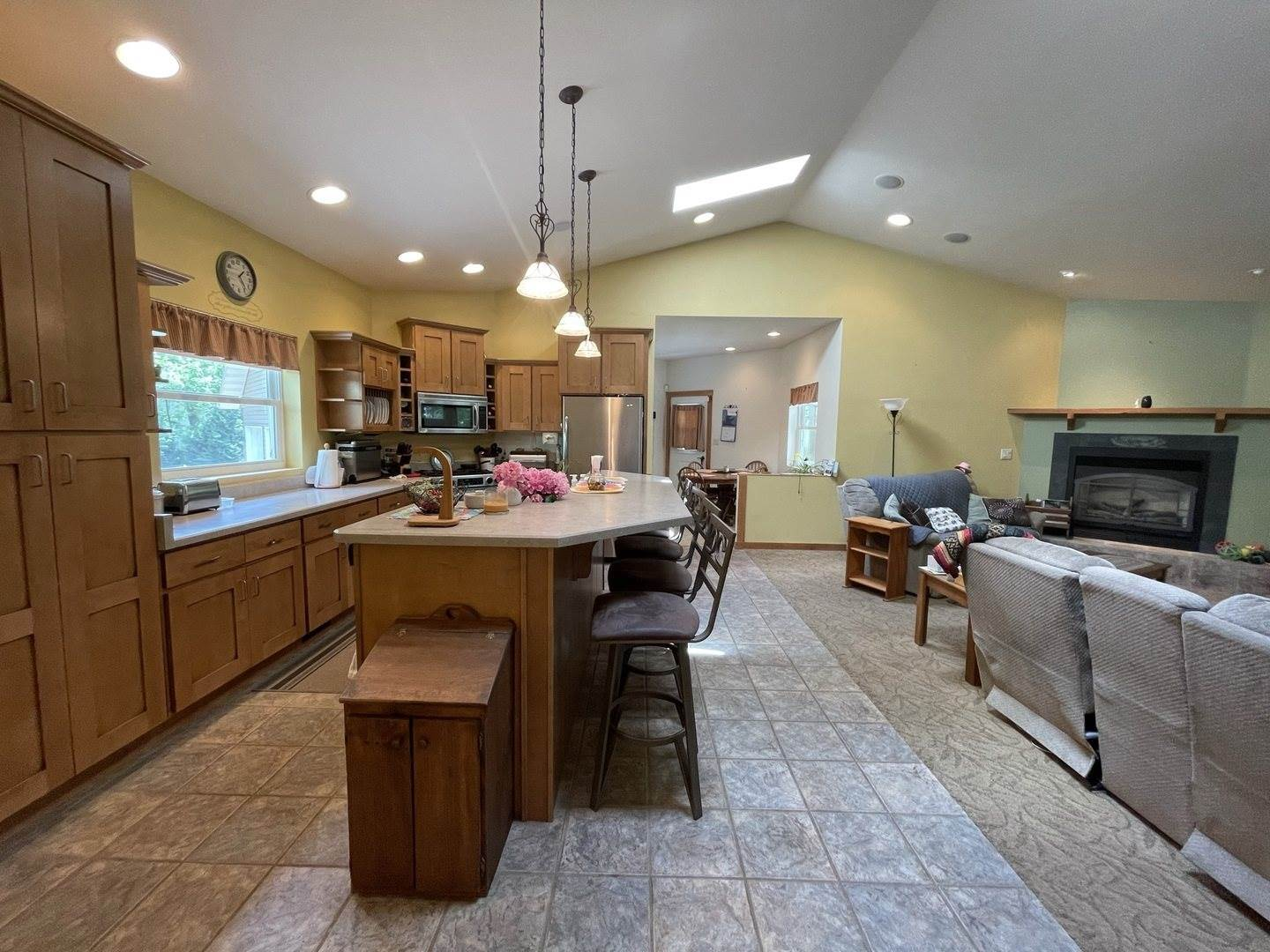3197 South Baileyville Road, Freeport, IL 61032