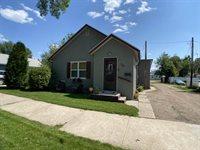 712 5th Ave West, Williston, ND 58801