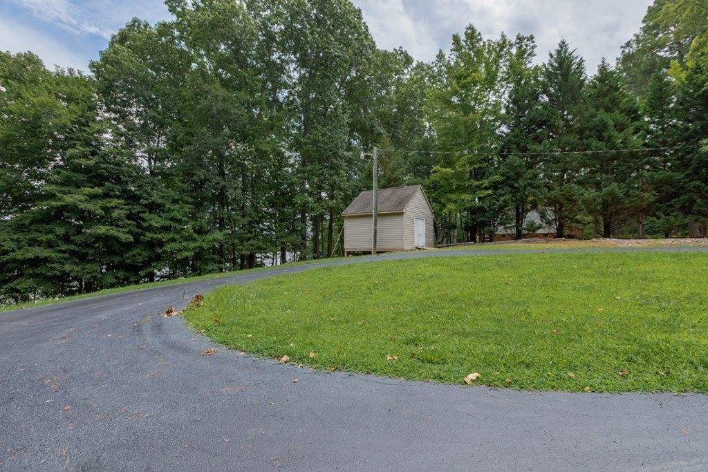 1996 Hinton Mill Road, Boydton, VA 23917