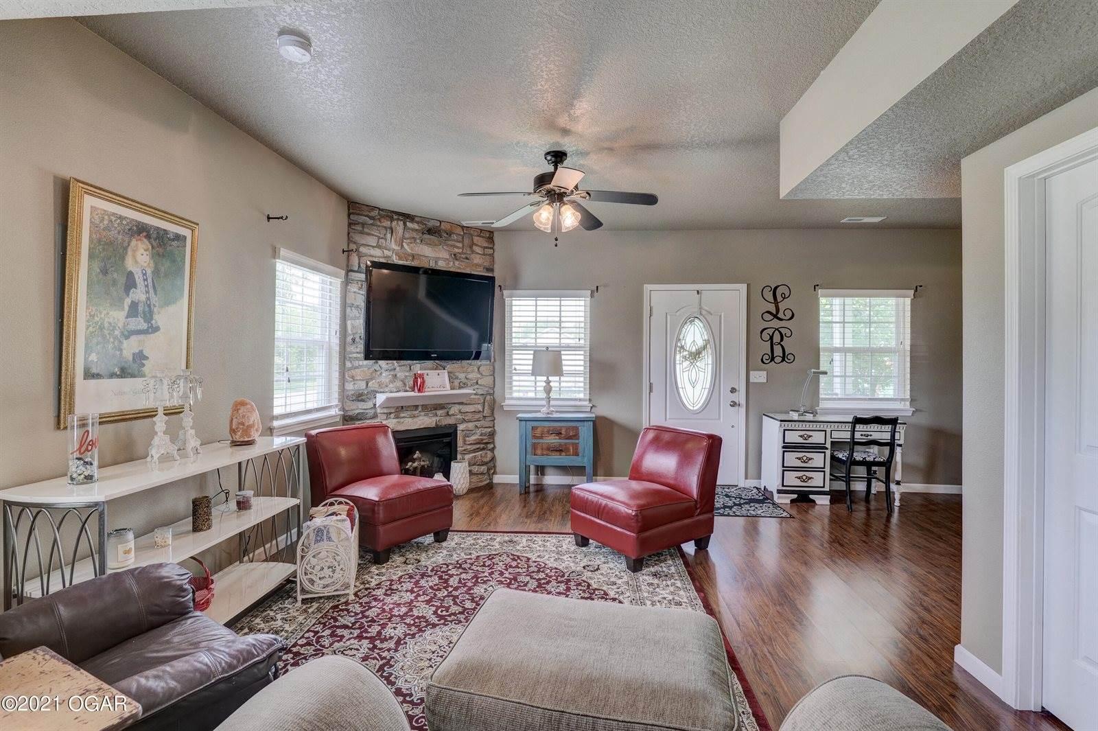 201 North Mina Avenue, Joplin, MO 64801