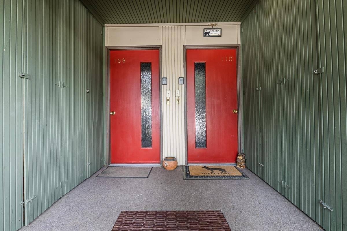 24 Tyrol Lane #110, Tyrolean Village II #110, Mammoth Lakes, CA 93546