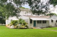 1415 North Lakeside Drive, Lake Worth Beach, FL 33460