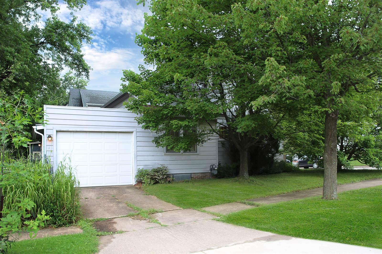 424 Sharp St, Ashland, OH 44805