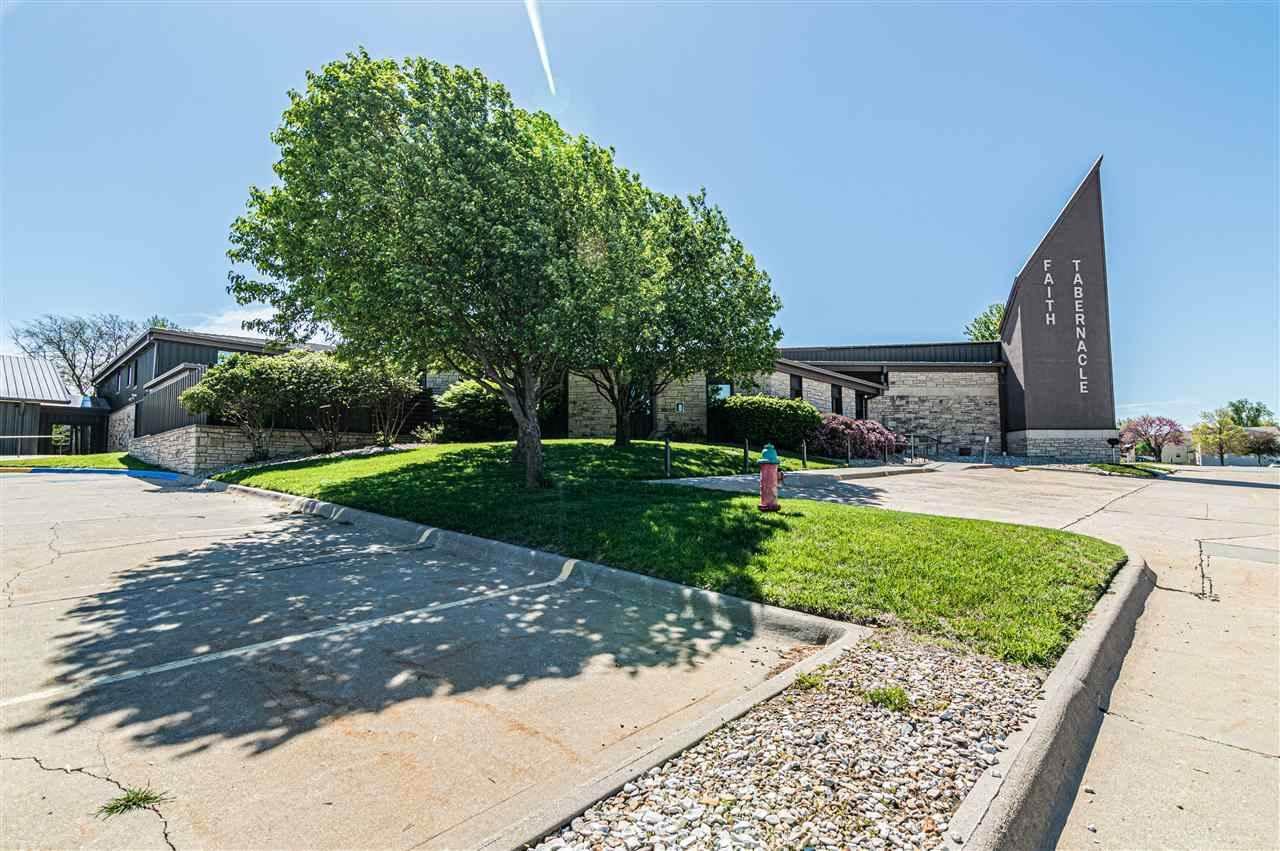 1010 Burke Drive, Junction City, KS 66441