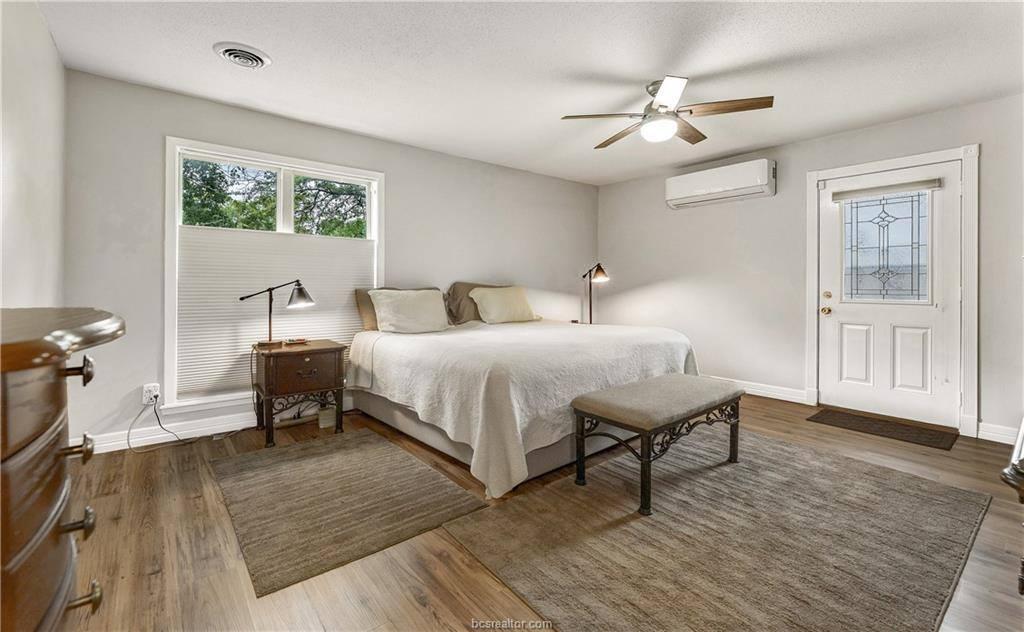 1807 Sabine Court, College Station, TX 77840