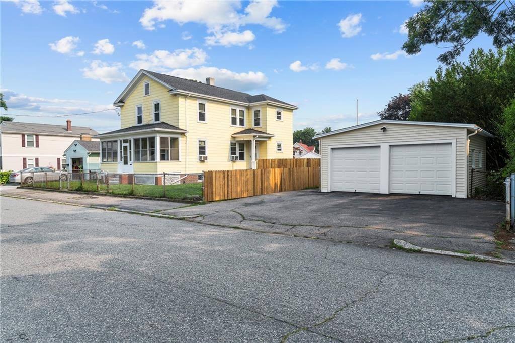 27 Bucklin Street, Pawtucket, RI 02861