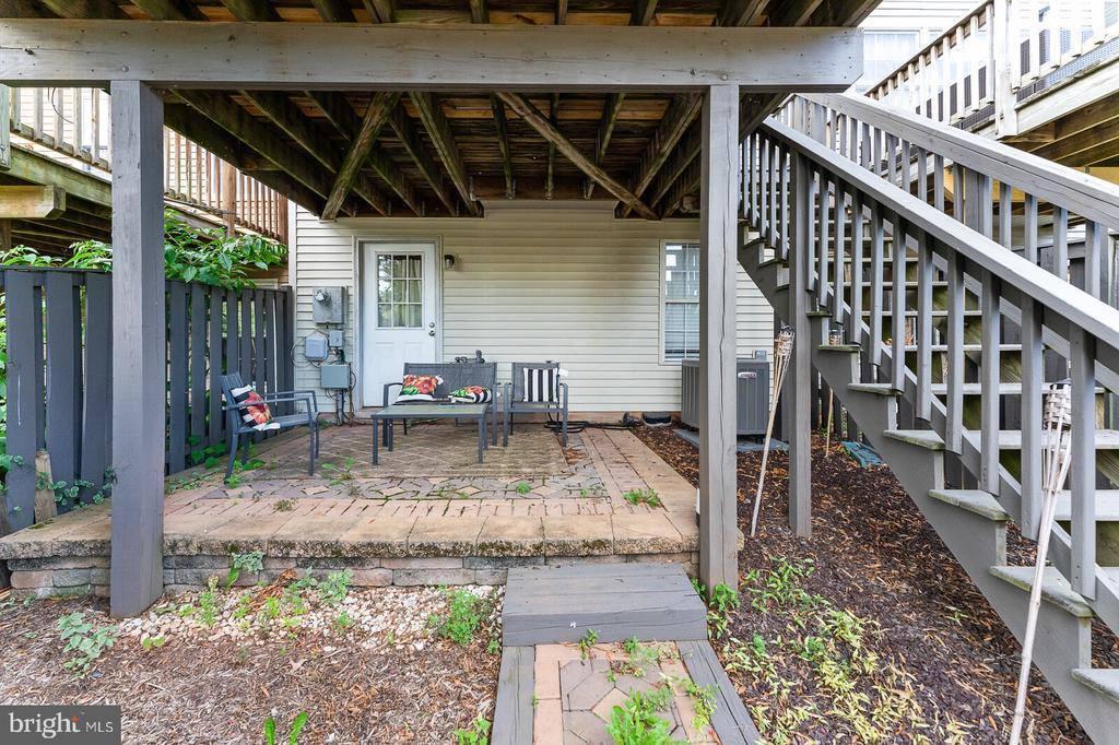21862 Maywood Terrace, Sterling, VA 20164