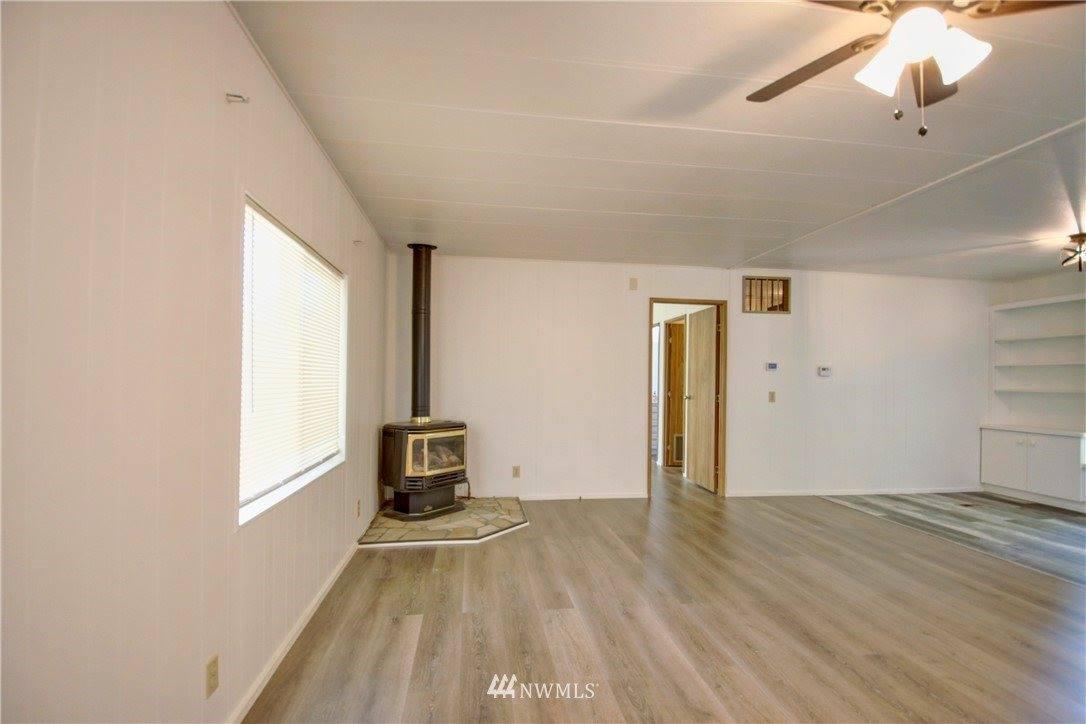 24800 Hoehn Road, Sedro Woolley, WA 98284
