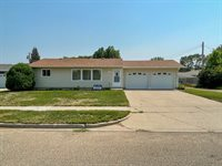 1516 2nd Ave East, Williston, ND 58801