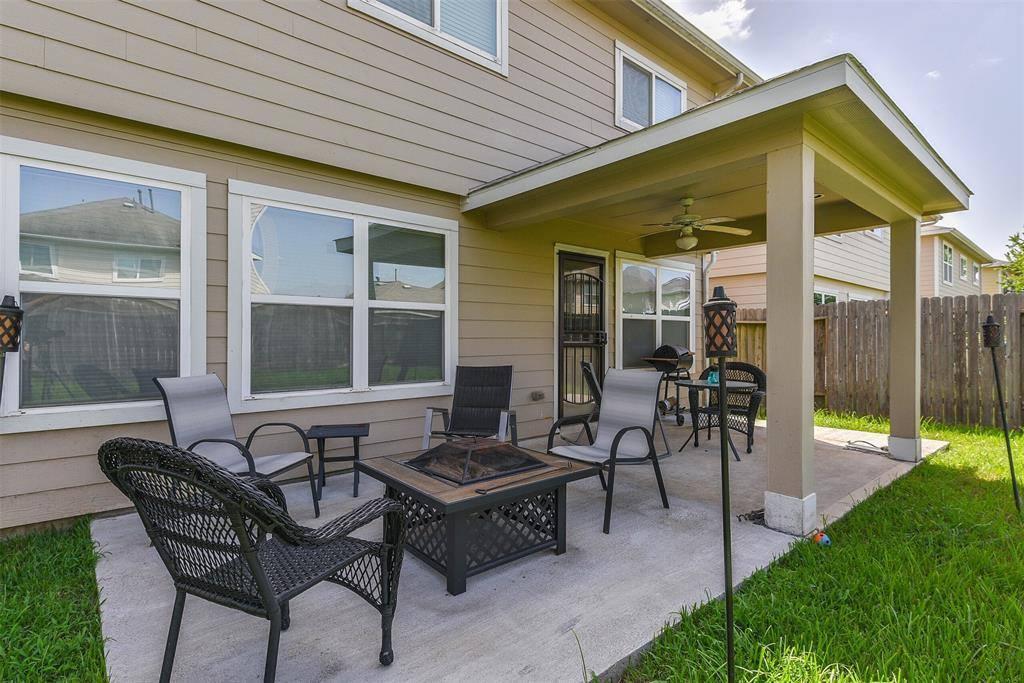 935 Crestmont Place Loop, Missouri City, TX 77489