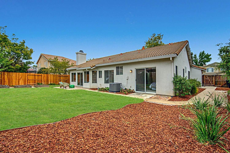 1215 Turnberry Lane, Roseville, CA 95747