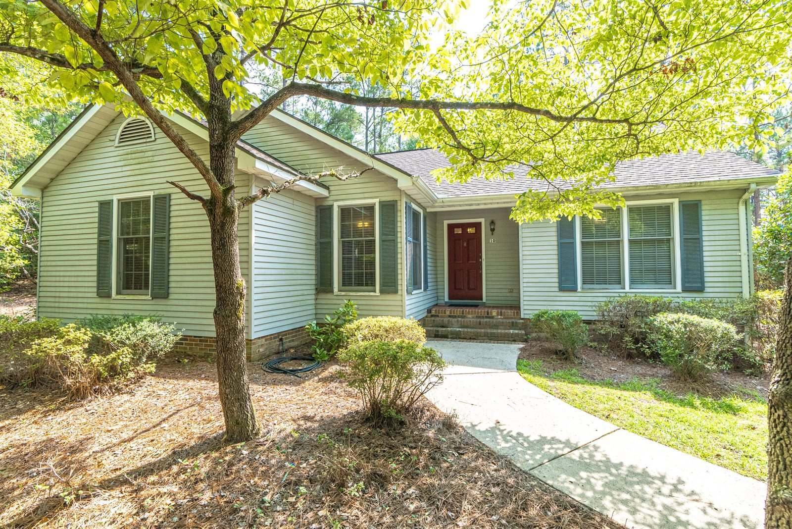 1624 East Indiana Avenue, Southern Pines, NC 28387